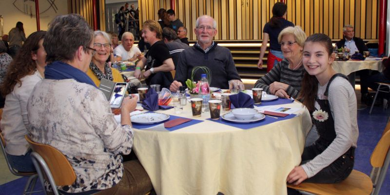 Grootouders te gast bij het Vakcollege