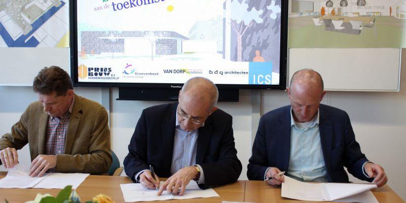 Contract nieuwbouw ondertekend