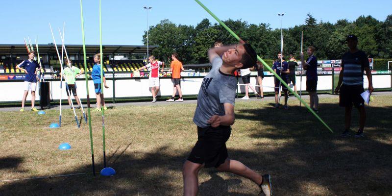 Sportieve strijd op buitensportdag