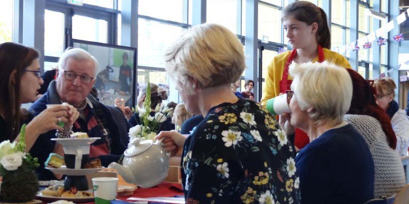 Sfeer en gezelligheid tijdens High Tea