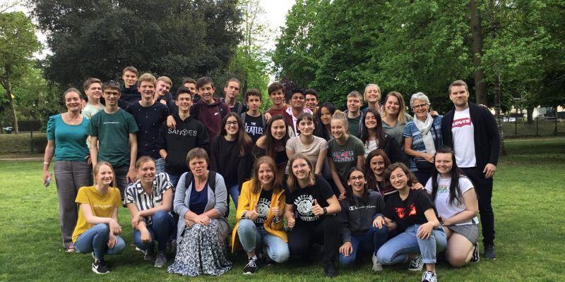 Leerlingen voor project naar het Spaanse Olot