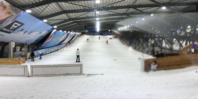 Wintersportdag.....schaatsen en skiën